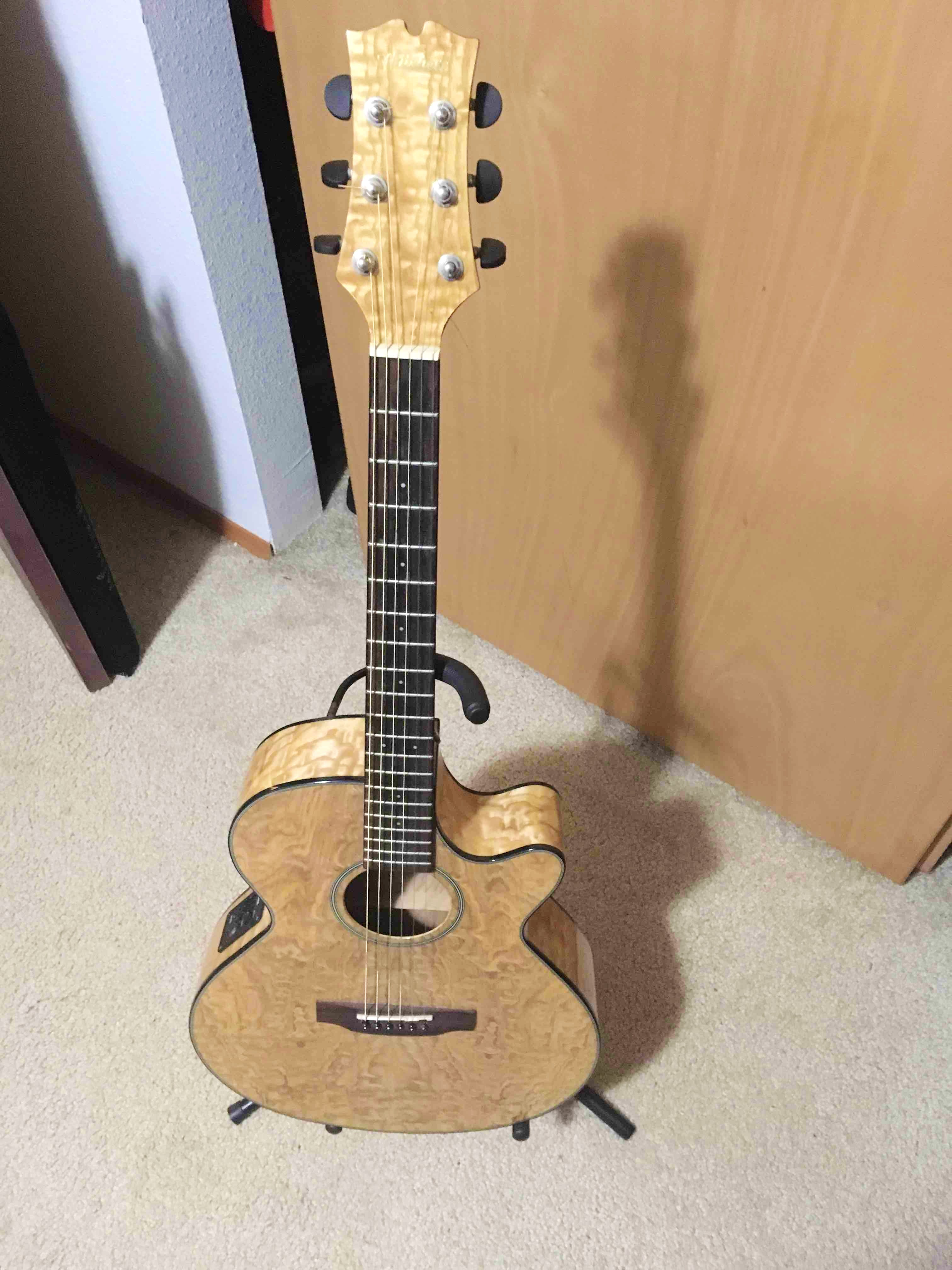 Mitchell MX400 Acoustic Guitar