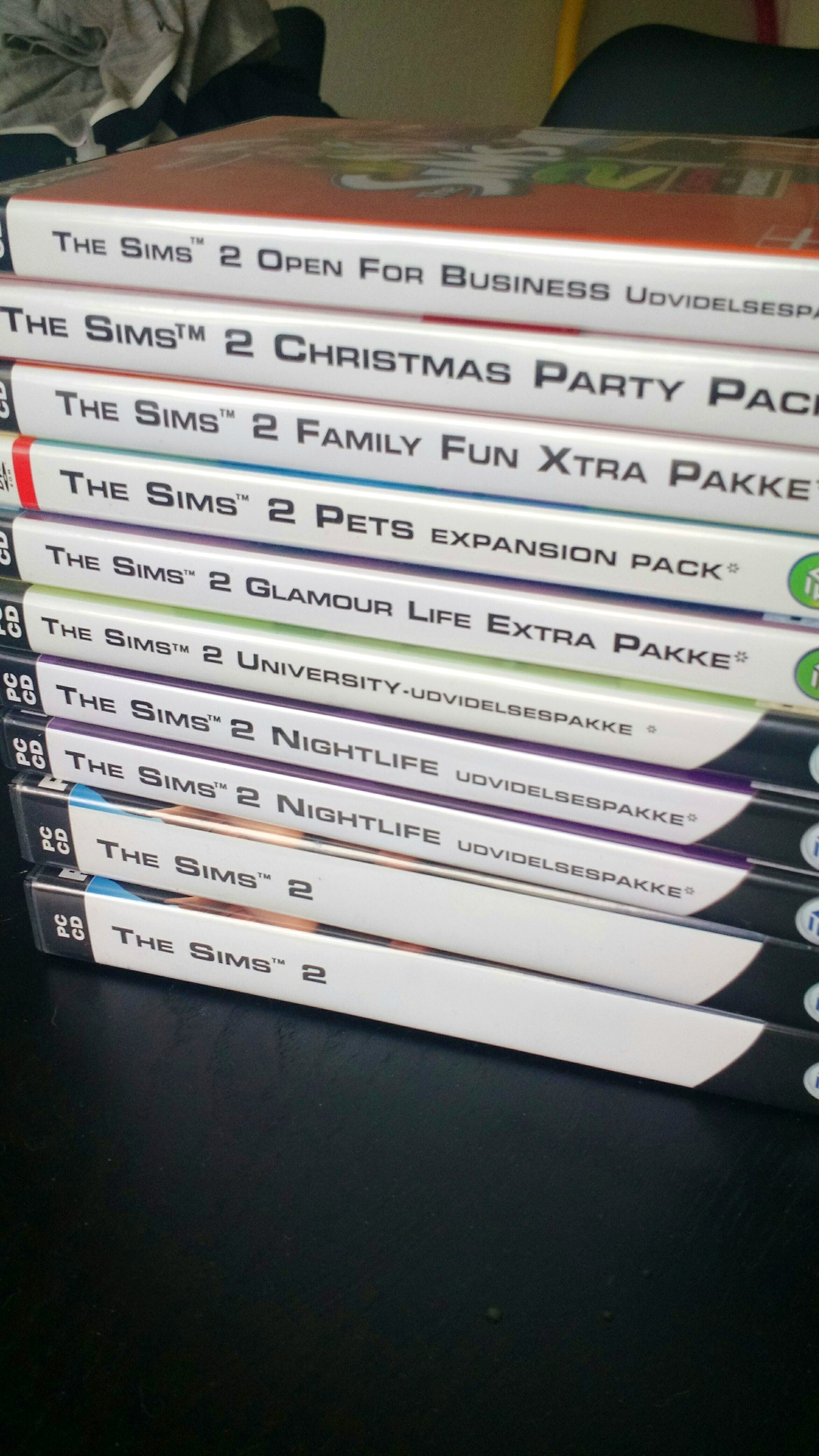 Sims 2 + xtra packs