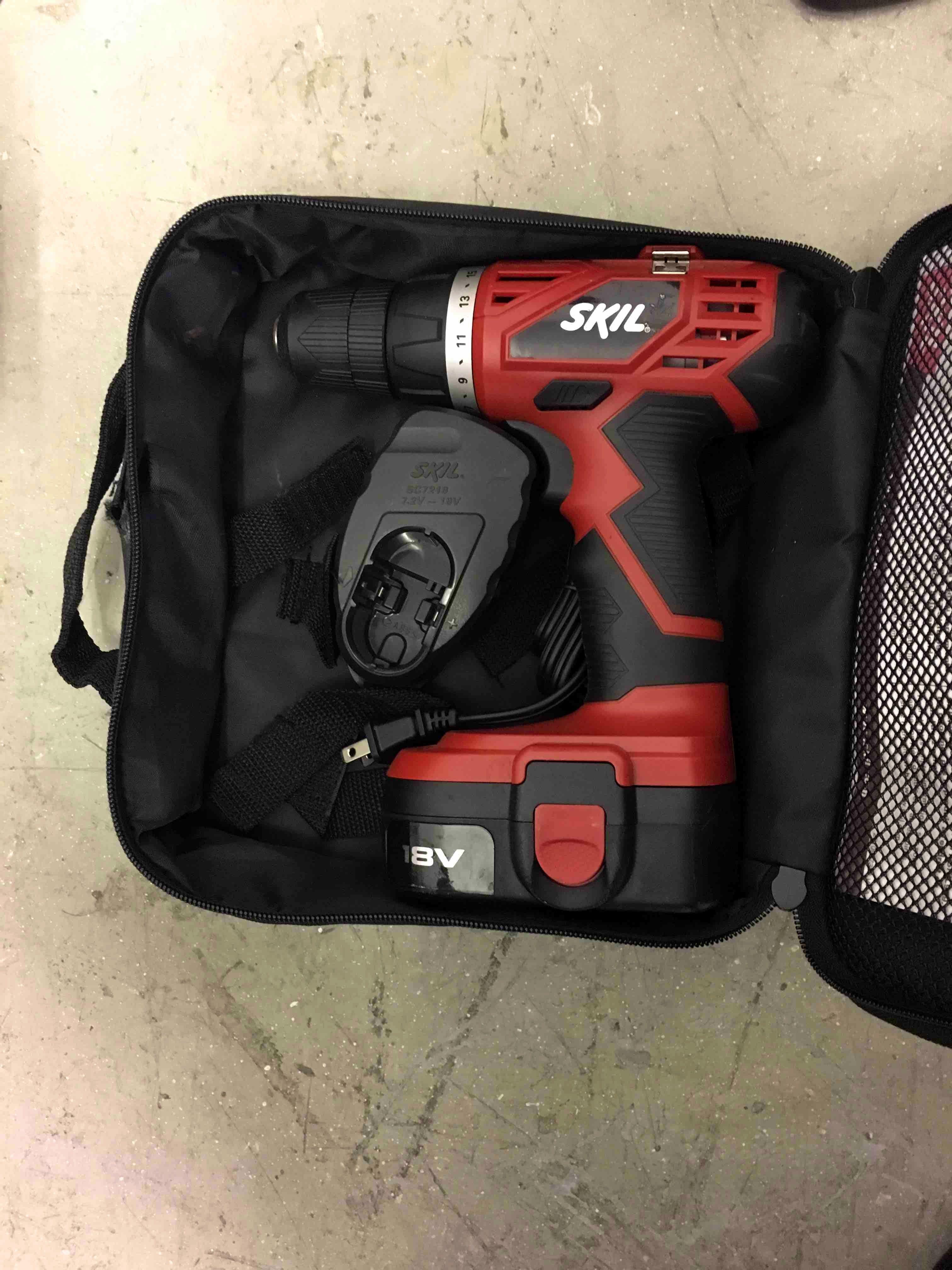 SKIL 18 volt cordless drill